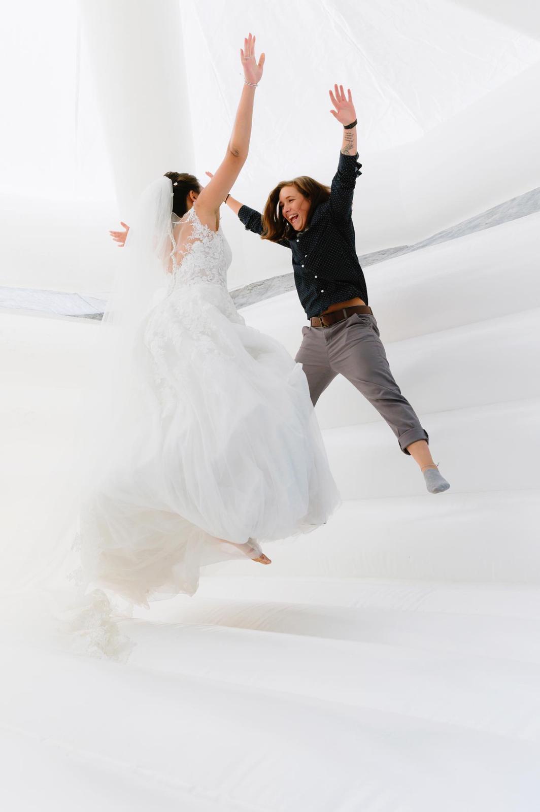 Funjoker-Hochzeitshüpfburg mieten